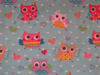 "Owls & Hearts on Light Blue - 8"" round"